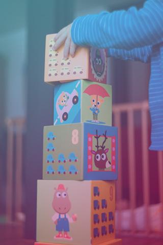 іграшки, музичні інструменти та ігри, ігри що розвивають моторику рук: пластилін, пазли, конструктори тощо